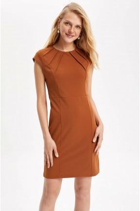 فستان رسمي سليم فيت بدون اكمام
