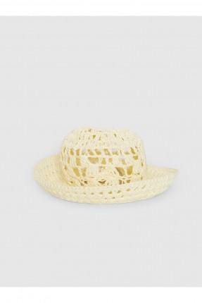 قبعة نسائية