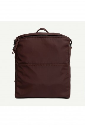 حقيبة ظهر نسائية بسحابات