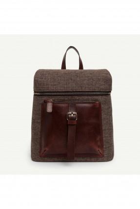 حقيبة ظهر نسائية  مزينة بحزام