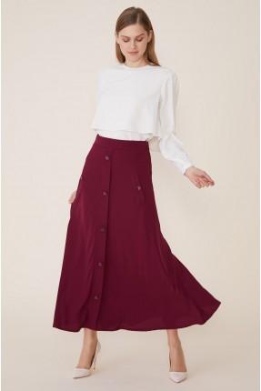 تنورة طويلة كلوش مزينة بازرار