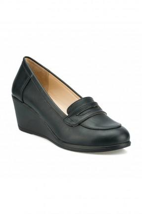 حذاء نسائي سادة