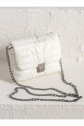 حقيبة يد نسائية بسلسلة معدنية