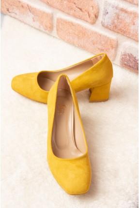 حذاء نسائي سبور