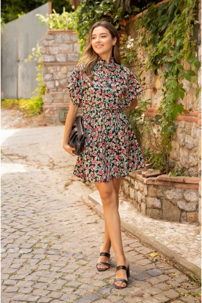 فستان سبور مزهر بربطة على الياقة