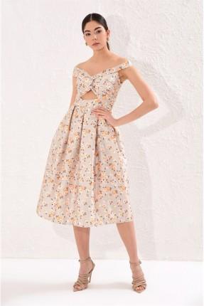 فستان سبور مزين بالزهور