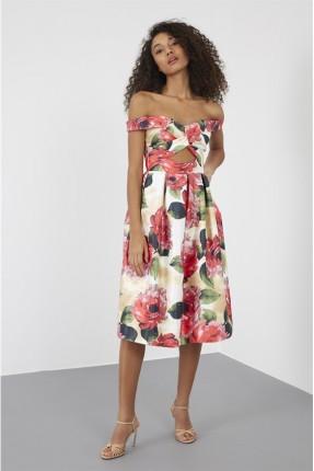 فستان سبور مزين بالورود
