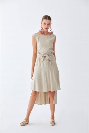 فستان سبور طويل من الخلف
