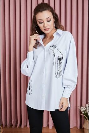 قميص نسائي مزين بالرسم