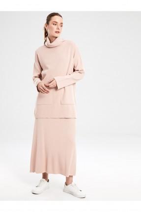 تنورة طويلة تريكو واسعة من الاسفل - زهري