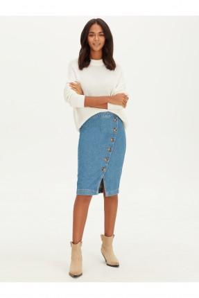 تنورة قصيرة جينز بشق امامي