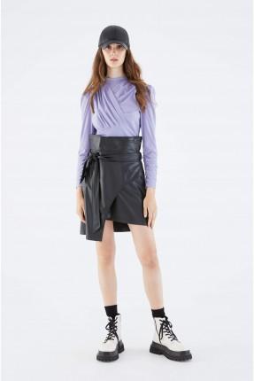 تنورة قصيرة غير متوازية الطول - اسود