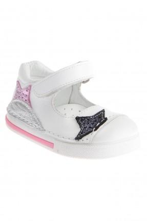 حذاء بيبي بناتي بلاصق - ابيض