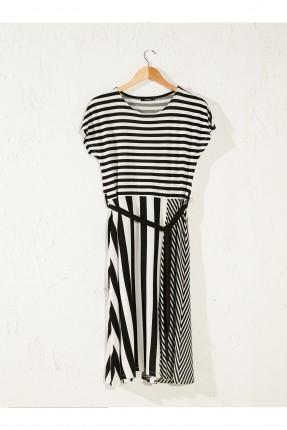 فستان سبور مقلم بياقة دائرية