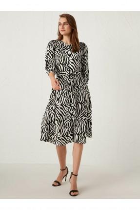 فستان سبور بطبعة مخططة واكمام قصيرة