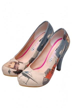 حذاء نسائي بطبعة فتاة
