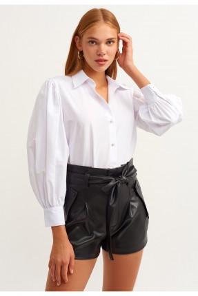 قميص نسائي باكمام واسعة- ابيض