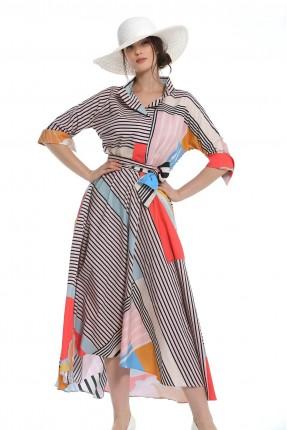 فستان طويل بنقشة ملونة
