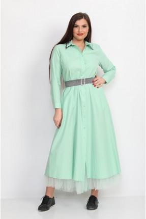 فستان طويل مزين بالتول