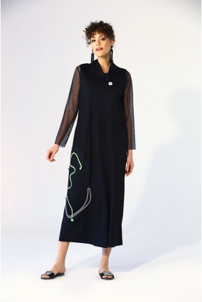 فستان طويل مزين باكمام دانتيل - اسود