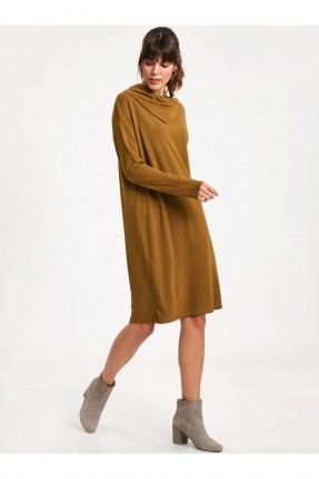 فستان سبور باكمام طويلة
