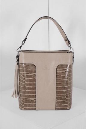 حقيبة يد نسائية مزينة بنقشة