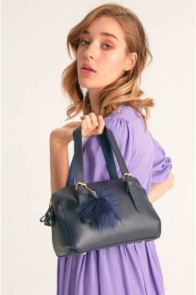 حقيبة يد نسائية مزينة بكرة فرو - كحلي