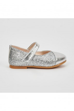 حذاء بيبي بناتي بتفاصيل لامعة