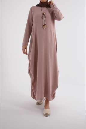 فستان نسائي سادة اللون