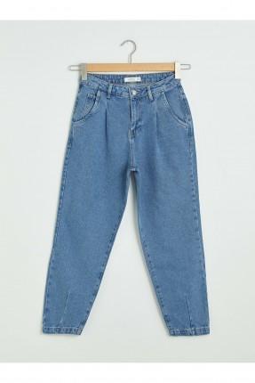 بنطال جينز نسائي بجيوب