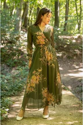 فستان بتفاصيل شيفون ونقشة الزهور