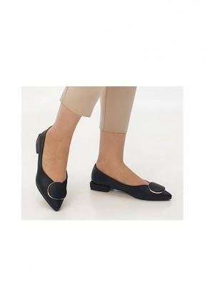 حذاء نسائي مزين باكسسوار - اسود