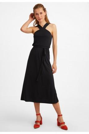 فستان مزين على الياقة  - اسود