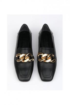 حذاء نسائي مزين بسلسلة - اسود