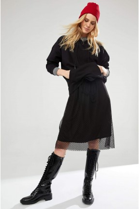 تنورة متوسطة الطول مزينة بتول منقط - اسود