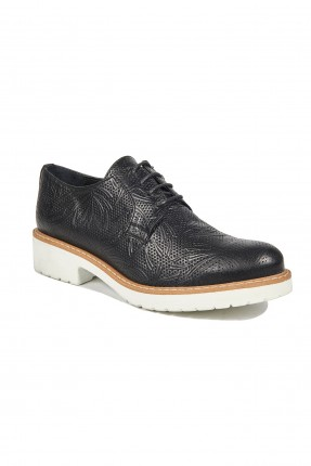 حذاء نسائي جلد بنقشة - اسود