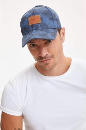 قبعة رجالية مزينة بنقشة اوراق الشجر