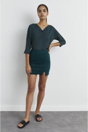 تنورة قصيرة بفتحة جانبية - اخضر
