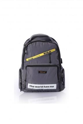 حقيبة ظهر رجالية مزين بطبعة حروف