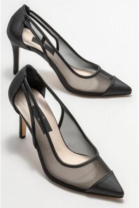 حذاء نسائي بتفاصيل شفافة - اسود