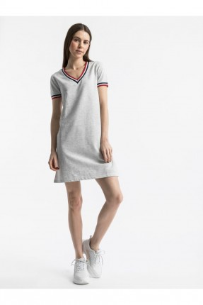 فستان نسائي سبور بياقة V