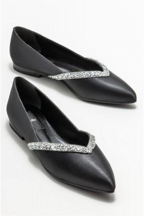 حذاء نسائية مزين باحجار لامعة - اسود