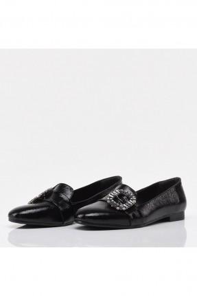 حذاء نسائي مزين بستراس - اسود