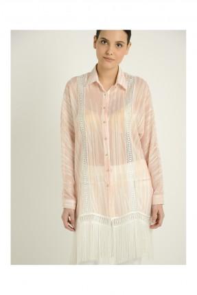 قميص نسائي مزين بشراشيب