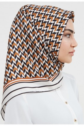 حجاب نسائي بنقشة