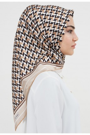 حجاب نسائي عدة الوان