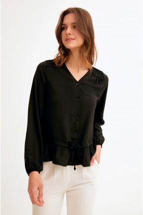 قميص نسائي بياقة V