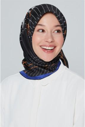 حجاب مزين برسمة