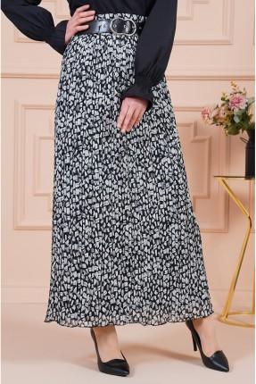 تنورة طويلة بنقشة مزخرفة