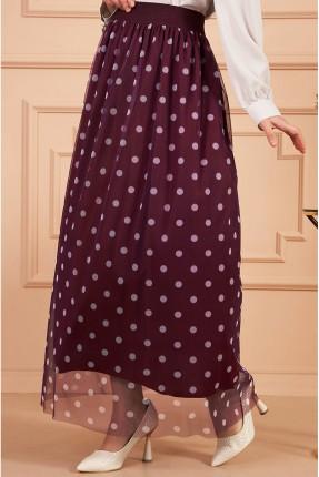 تنورة طويلة مزينة بالتول